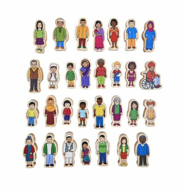 420 My Family wooden people